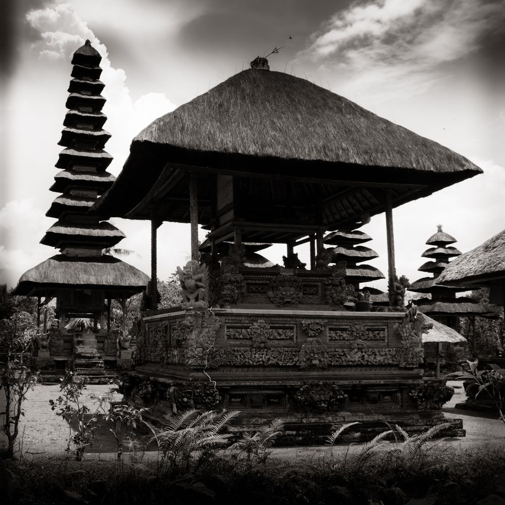 Pagoda - Menwi - Bali island