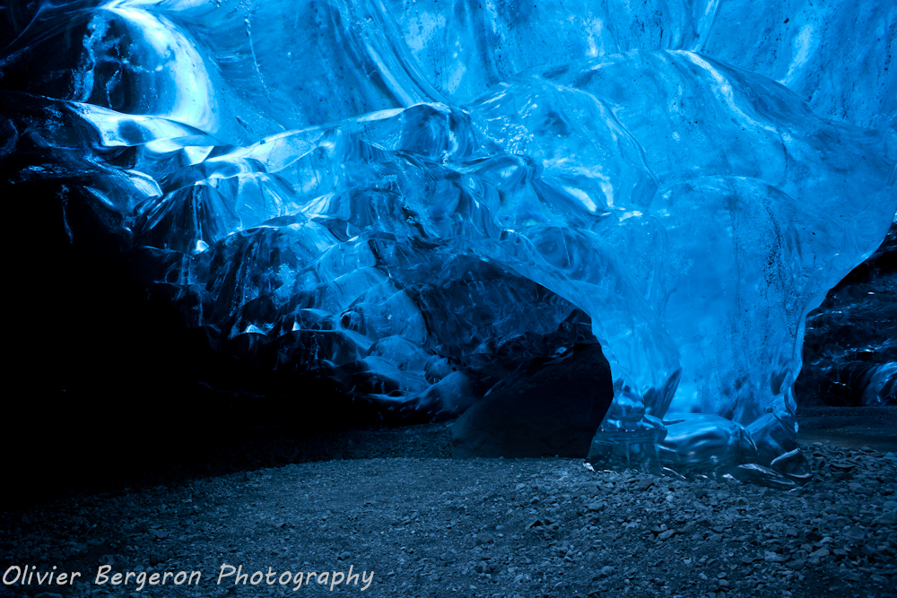 Ice  cave - breidamerkurjokull - iceland - landscape