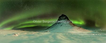 Aurora Kirkjufell - panorama - iceland