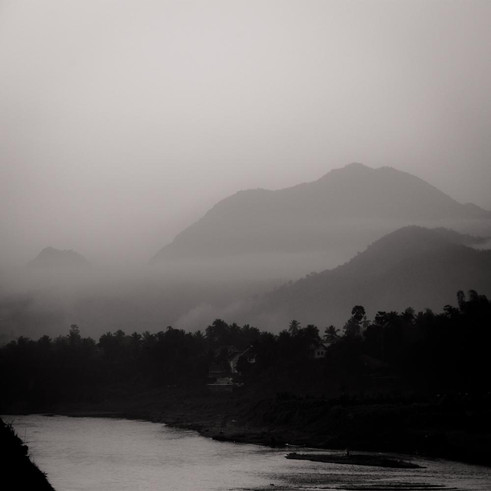 Laos-Luang-Prabang-Mountain-montagne-1000px-8411