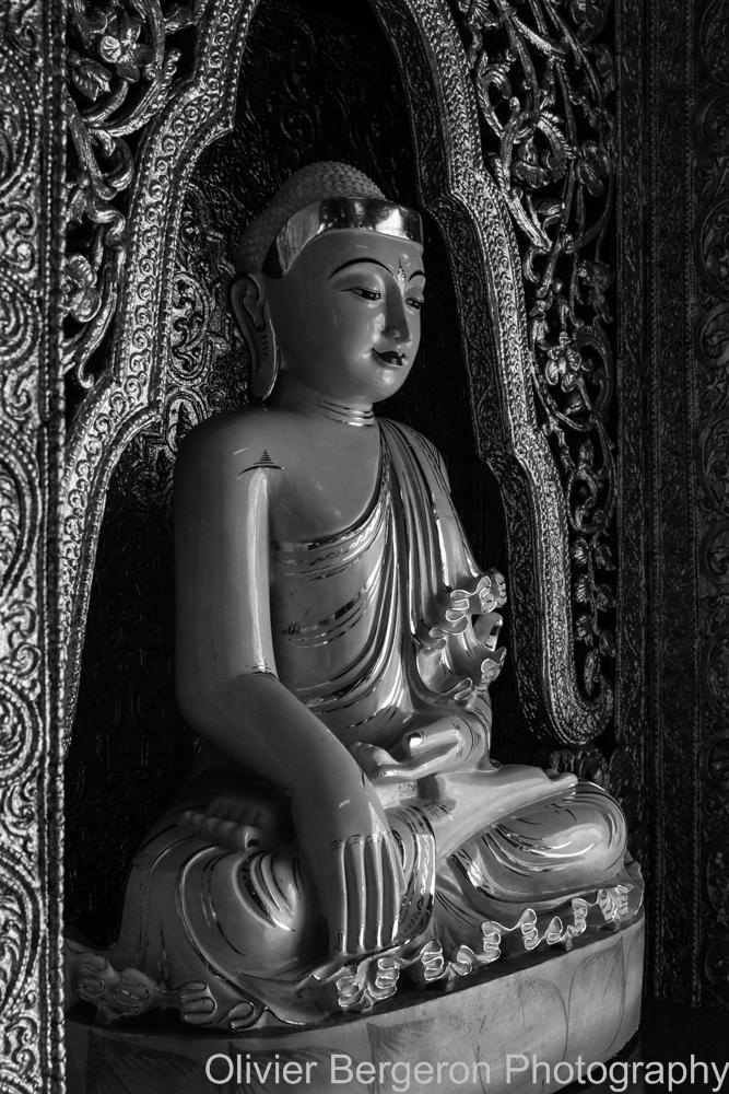 Buddha - Paya Botataung - Yangon 2012 - Myanmar