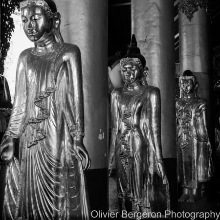 Three buddhas - Paya Shwedagon - yangon 2012 - Myanmar