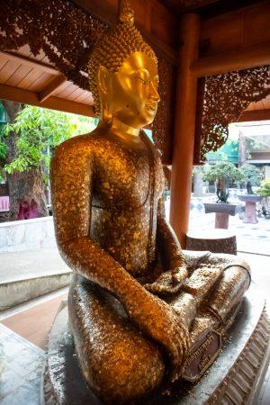 buddha wat chaksi -thailand
