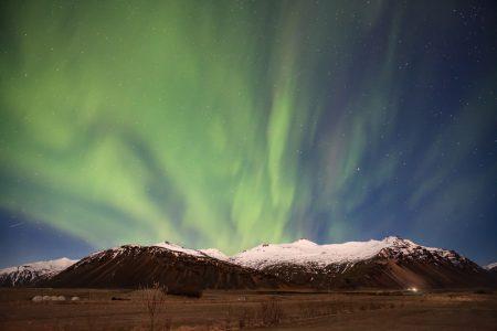 northern lights - hofn -iceland - mountain landscape - オーロラ - アイスランド