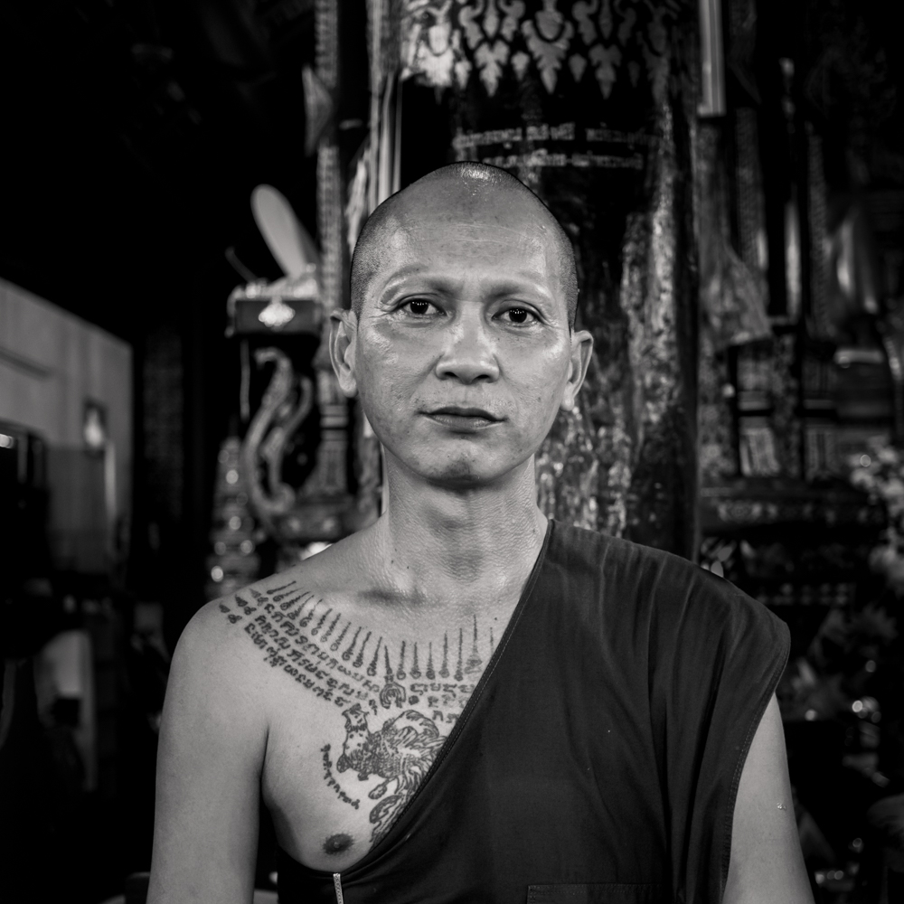 monk portrait - thai temple -wat - Phrae - black and white photography