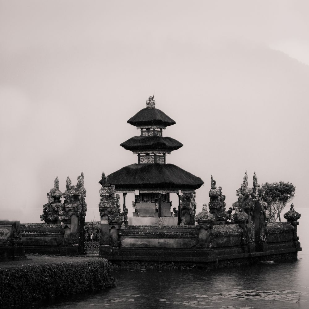 Pagoda - Pura Ulun Danu Bratan - Bali