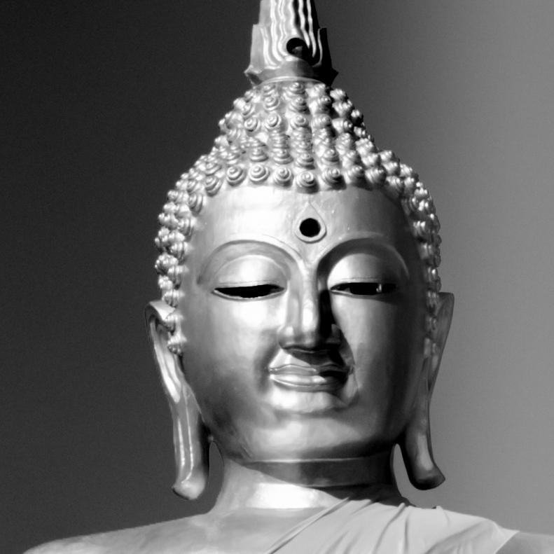 buddha head - wat somdet - sangkhla - thailand