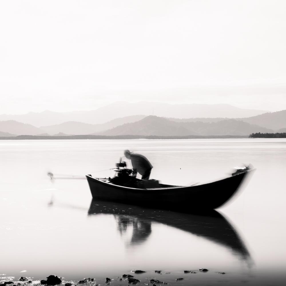fisherman - laem ngao - thailand
