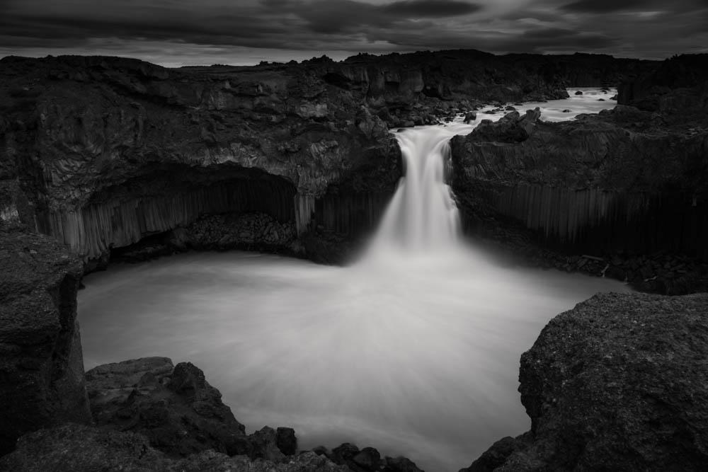 Aldeyjarfoss waterfall - cascade - Iceland - long exposure black and white